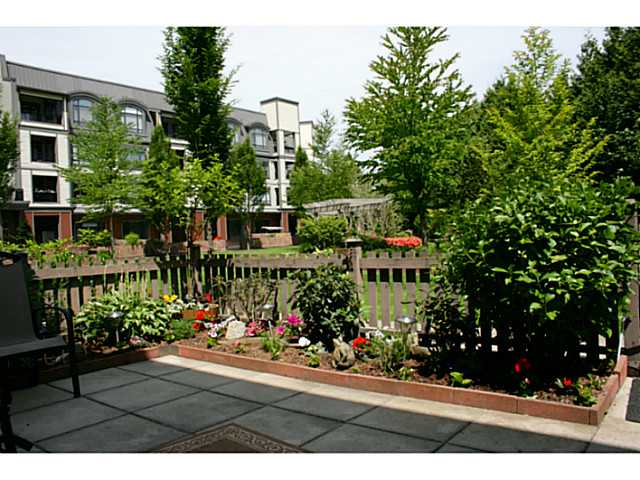 Photo 2: # 116 8880 202 ST in Langley: Walnut Grove Condo for sale : MLS® # F1443308