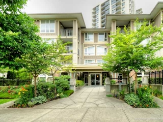 "Main Photo: 104 3575 EUCLID Avenue in Vancouver: Collingwood VE Condo for sale in ""MONTAGE"" (Vancouver East)  : MLS(r) # V1010431"