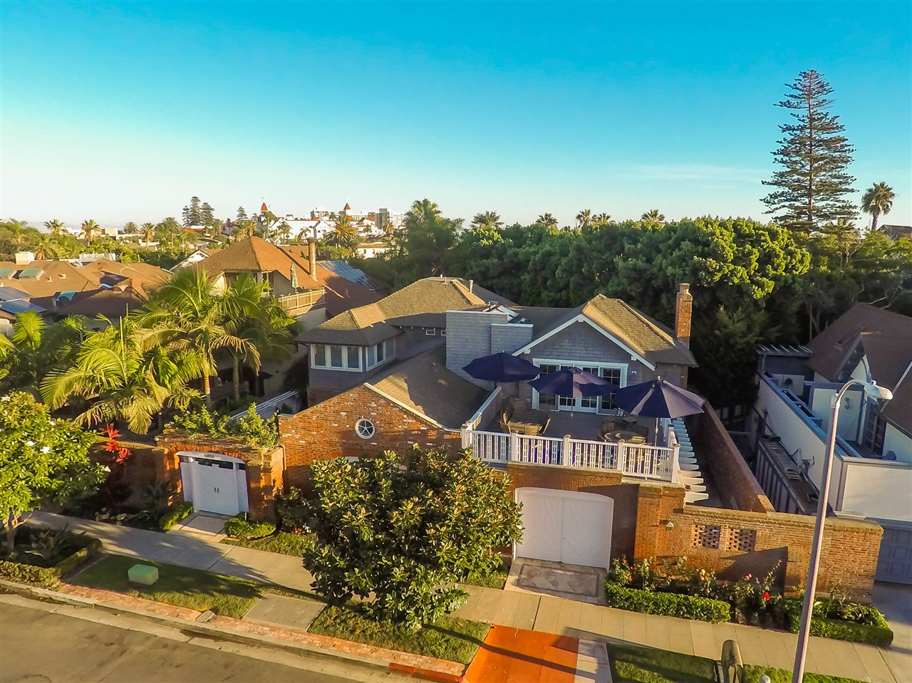 Main Photo: 1030 LOMA AVENUE CORONADO | MLS 150054272 | GERRI-LYNN FIVES