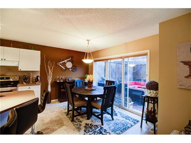 Photo 5: 237 Cranfield Park SE in Calgary: Cranston House for sale : MLS(r) # C4052006
