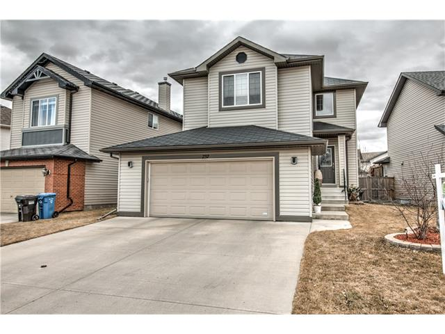 Main Photo: 237 Cranfield Park SE in Calgary: Cranston House for sale : MLS® # C4052006
