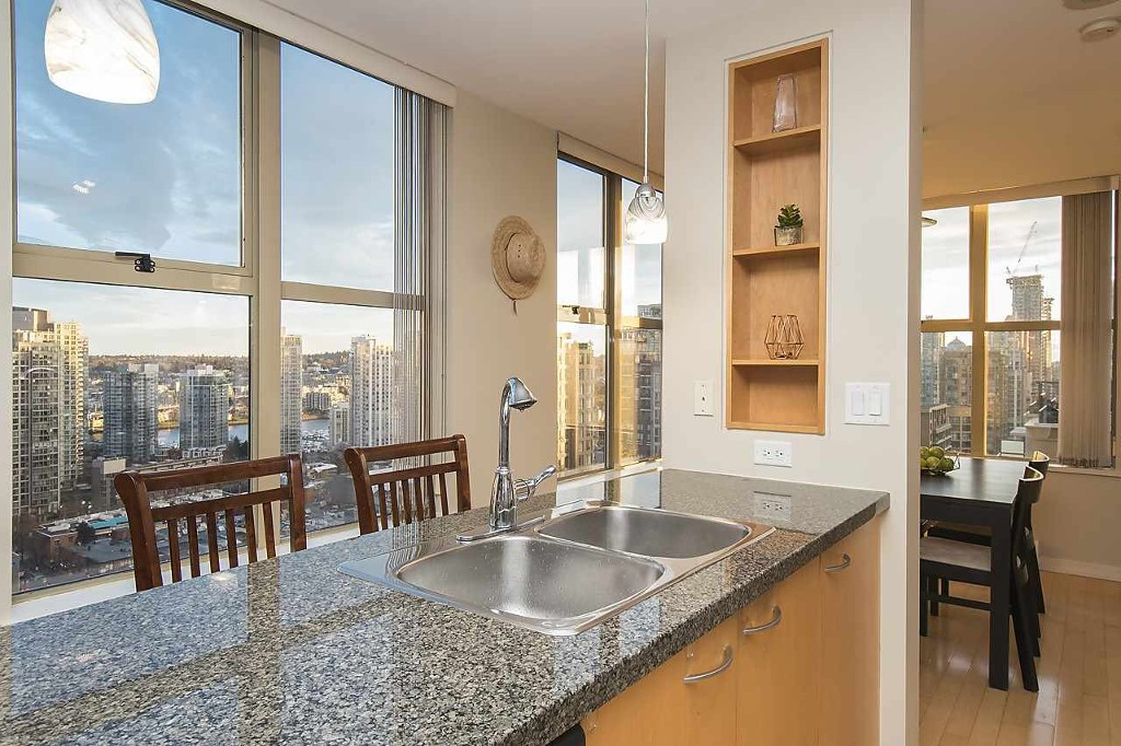 Main Photo: 2307 969 Richards Street in Vancouver: Downtown Condo for sale (Vancouver West)  : MLS® # R2148953