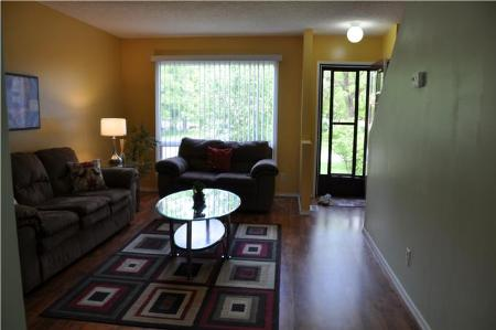 Photo 3: 1040 BEAUTY AVE.: Residential for sale (Canada)  : MLS(r) # 1011042
