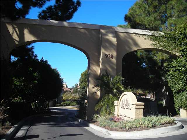 Main Photo: SOLANA BEACH Condo for sale : 3 bedrooms : 930 Via Mil Cumbres #56