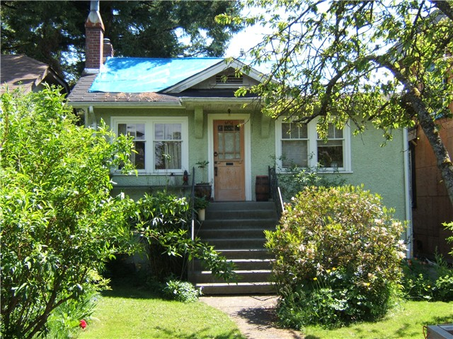 "Main Photo: 4474 W 15TH Avenue in Vancouver: Point Grey House for sale in ""POINT GREY"" (Vancouver West)  : MLS®# V1008237"