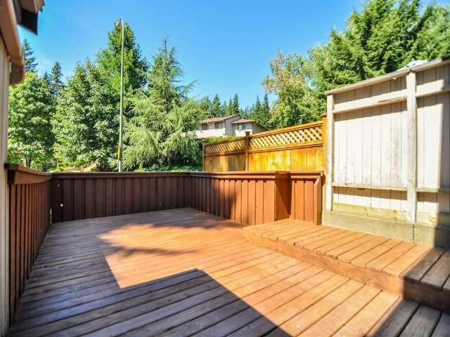 "Photo 15: 887 CUNNINGHAM Lane in Port Moody: North Shore Pt Moody Townhouse for sale in ""WOODSIDE VILLAGE"" : MLS® # V1021537"