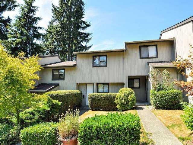 "Main Photo: 887 CUNNINGHAM Lane in Port Moody: North Shore Pt Moody Townhouse for sale in ""WOODSIDE VILLAGE"" : MLS® # V1021537"