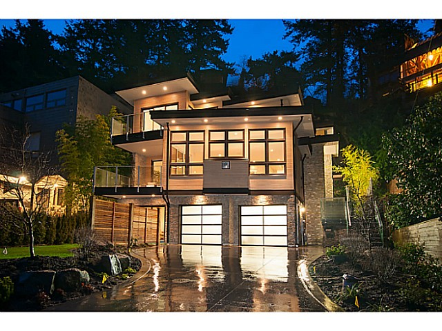 Main Photo: 6854 COPPER COVE RD in West Vancouver: Whytecliff House for sale : MLS® # V1054791
