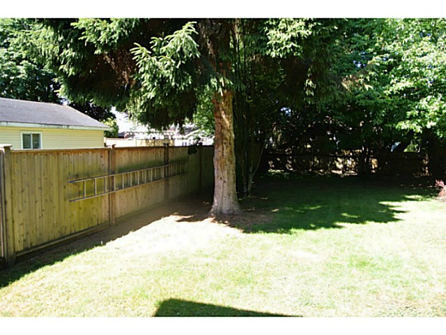 Photo 3: 4499 47TH ST in Ladner: Ladner Elementary House for sale : MLS(r) # V1131987