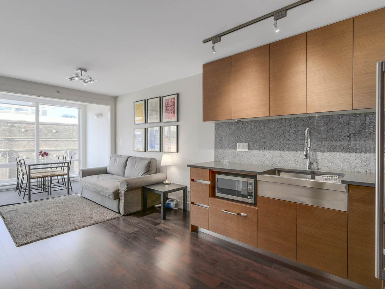 Main Photo: 705 565 SMITHE STREET in Vancouver: Downtown VW Condo for sale (Vancouver West)  : MLS®# R2116160