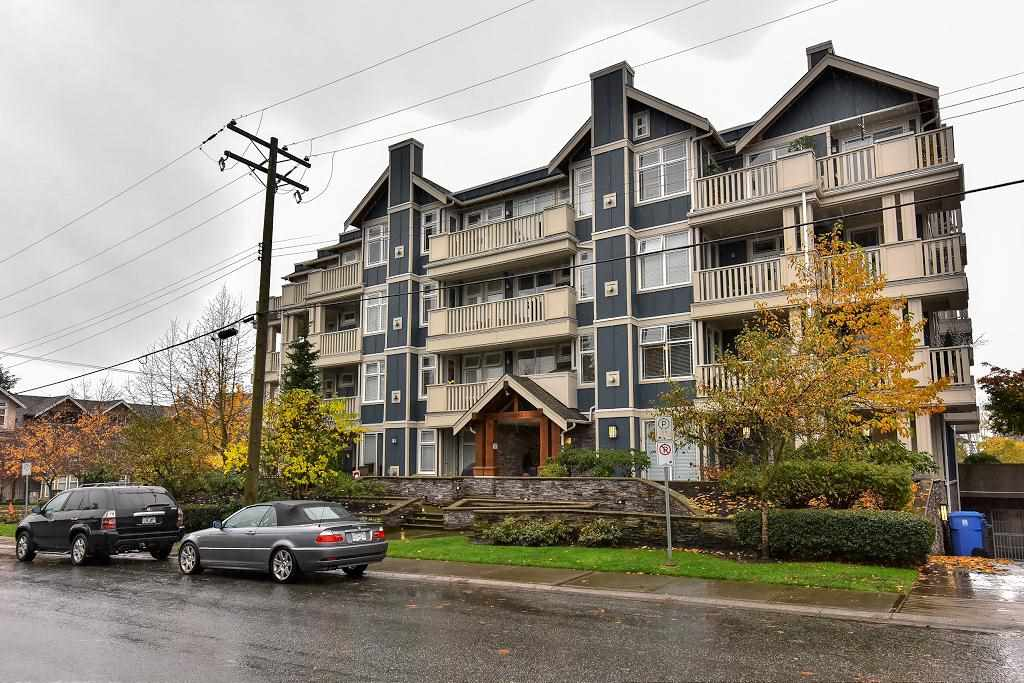 Main Photo: 312 15392 16A AVENUE in Surrey: King George Corridor Condo for sale (South Surrey White Rock)  : MLS®# R2120287