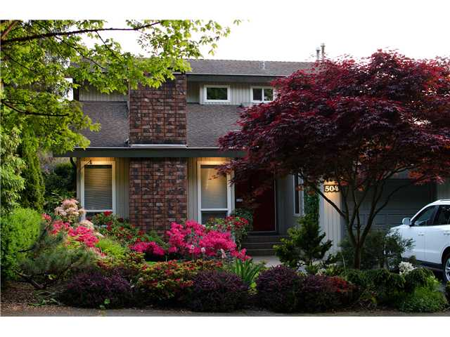 "Main Photo: 504 1ST Street in New Westminster: Queens Park House for sale in ""QUEEN'S PARK"" : MLS(r) # V937080"