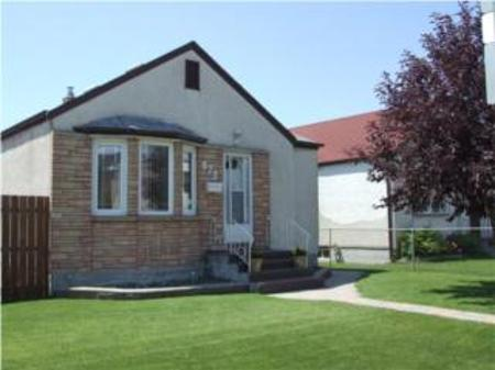 Main Photo: 872 WILLIAM Avenue: Residential for sale (Weston)  : MLS® # 1,360.67