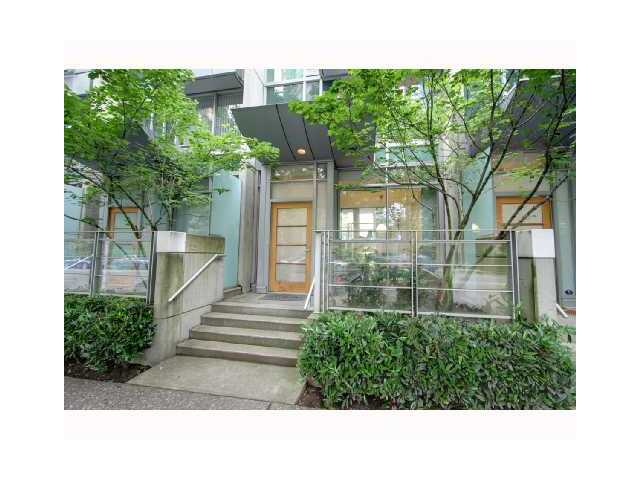 "Main Photo: 1235 ALBERNI Street in Vancouver: West End VW Townhouse for sale in ""RESIDENCES ON GEORGIA"" (Vancouver West)  : MLS(r) # V962549"