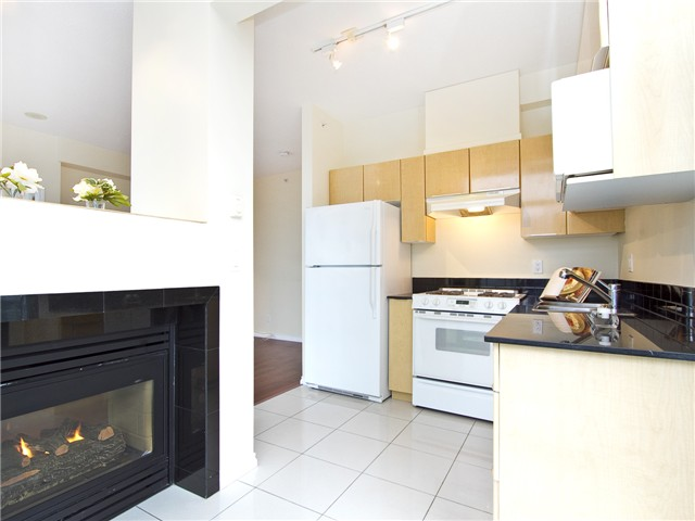 Photo 5: 2702 1239 W GEORGIA Street in Vancouver: Coal Harbour Condo for sale (Vancouver West)  : MLS(r) # V977076