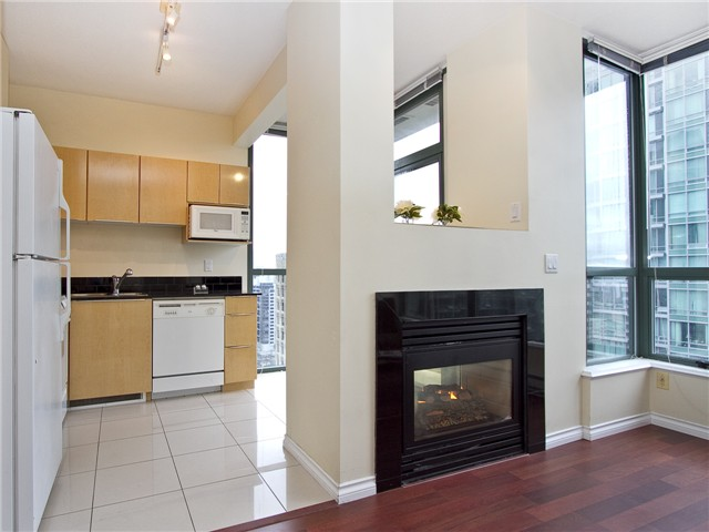 Photo 4: 2702 1239 W GEORGIA Street in Vancouver: Coal Harbour Condo for sale (Vancouver West)  : MLS(r) # V977076