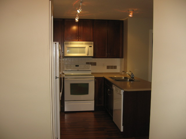 Photo 13: 404 256 Hastings Avenue in Penticton: Main North Multifamily for sale : MLS(r) # 140039