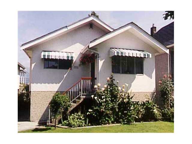 "Main Photo: 2455 PANDORA Street in Vancouver: Hastings East House for sale in ""N"" (Vancouver East)  : MLS® # V996897"