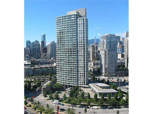 "Main Photo: 1909 1009 EXPO Boulevard in Vancouver: Yaletown Condo for sale in ""Landmark 33"" (Vancouver West)  : MLS®# V1022833"