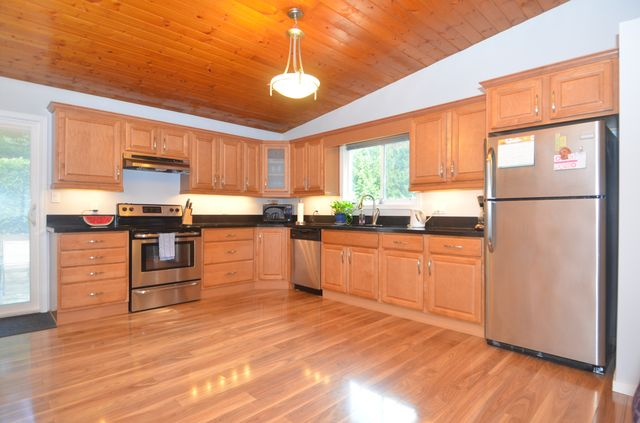 Photo 5: Photos: 2085 AIRBRIGHT LANE in SHAWNIGAN LAKE: House for sale : MLS® # 372654