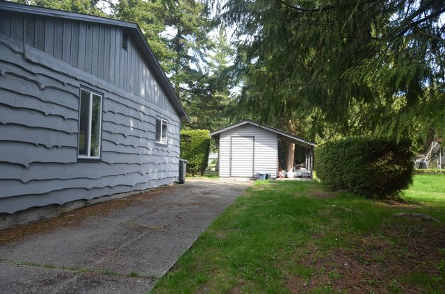Photo 32: Photos: 2085 AIRBRIGHT LANE in SHAWNIGAN LAKE: House for sale : MLS® # 372654