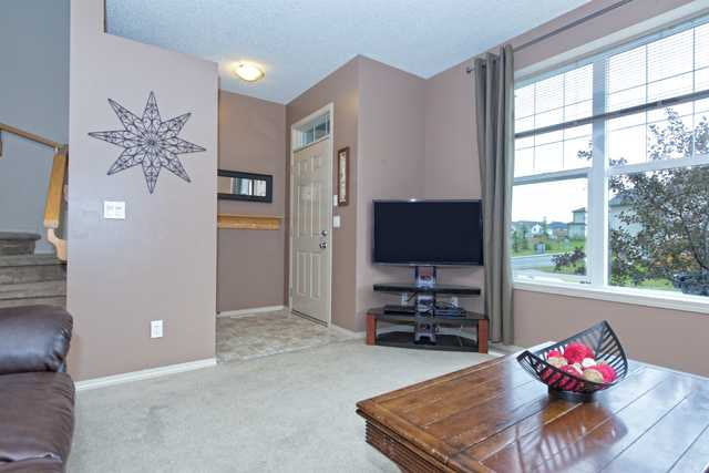 Photo 5: 56 COVEMEADOW Road NE in CALGARY: Coventry Hills Residential Attached  (Calgary)  : MLS® # C3634336