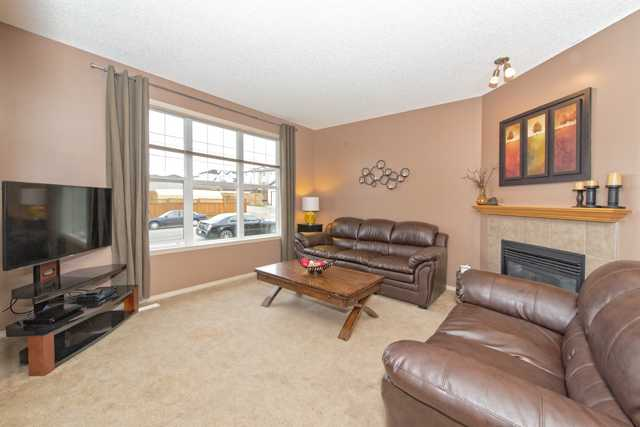 Photo 3: 56 COVEMEADOW Road NE in CALGARY: Coventry Hills Residential Attached  (Calgary)  : MLS® # C3634336
