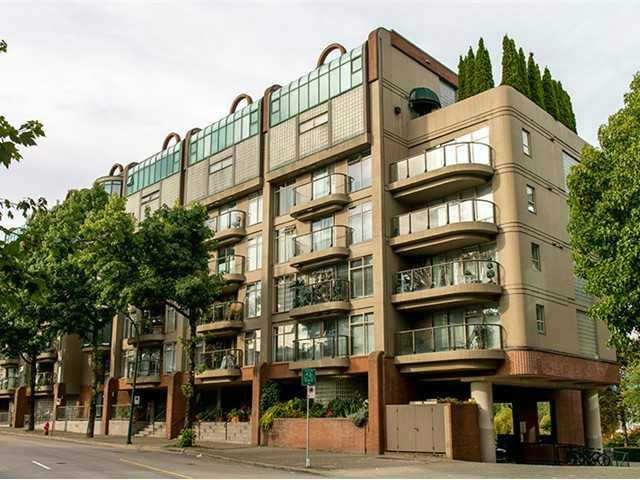 Main Photo: # 424 1515 W 2ND AV in Vancouver: False Creek Condo for sale (Vancouver West)  : MLS® # V1075149