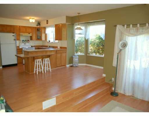 Photo 6: 23017 122A AV in Maple Ridge: East Central House for sale : MLS(r) # V611752
