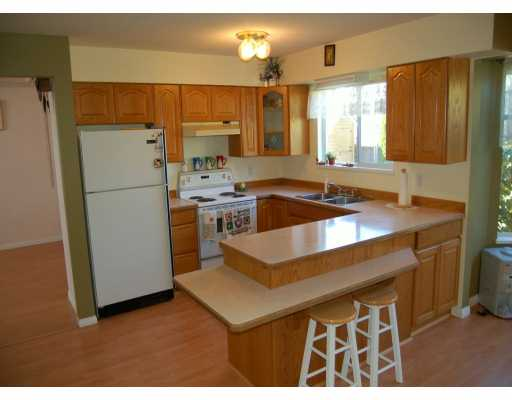 Photo 5: 23017 122A AV in Maple Ridge: East Central House for sale : MLS(r) # V611752