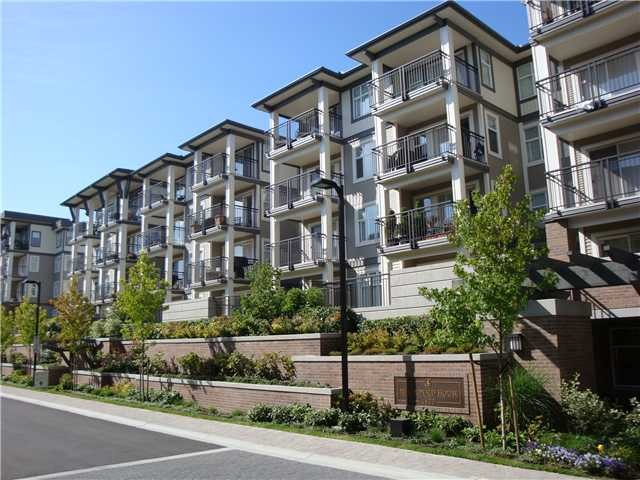 Main Photo: # 422 4833 BRENTWOOD DR in Burnaby: Brentwood Park Condo for sale (Burnaby North)  : MLS®# V1130235