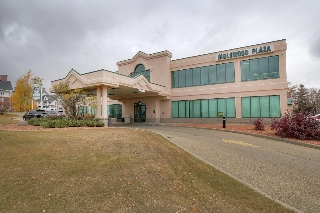 Main Photo: 201 - 24 Inglewood Dr. in St. Albert: Office for lease : MLS(r) # E1024329