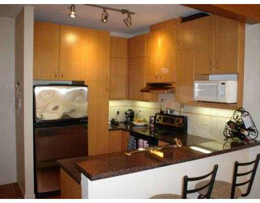"Photo 4: 111 580 RAVENWOODS DR in North Vancouver: Roche Point Condo for sale in ""SEASONS AT RAVEN WOODS"" : MLS® # V555522"