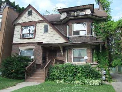 Main Photo: 1 273 Poplar Plains Road in Toronto: Casa Loma House (3-Storey) for lease (Toronto C02)  : MLS® # C2687119