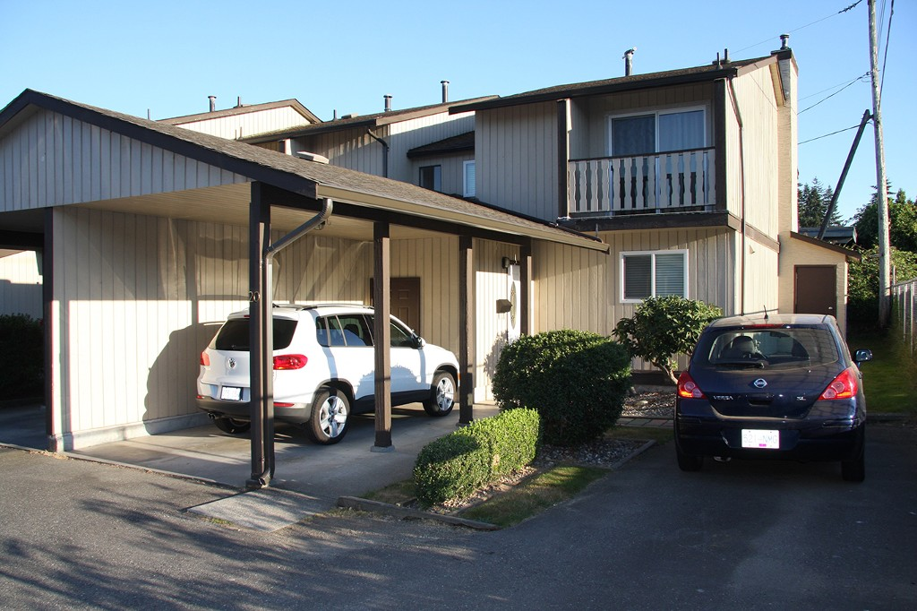 Main Photo: 20-32870 Bevan Way in Abbots: Central Abbotsford Townhouse for sale (Abbotsford)  : MLS(r) # R2103745