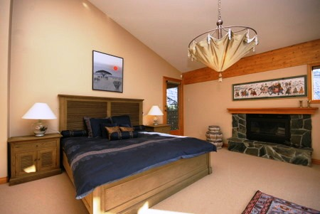 "Photo 12: 8051 NICKLAUS NORTH BV: Whistler House for sale in ""Nicklaus North"" : MLS® # V961906"