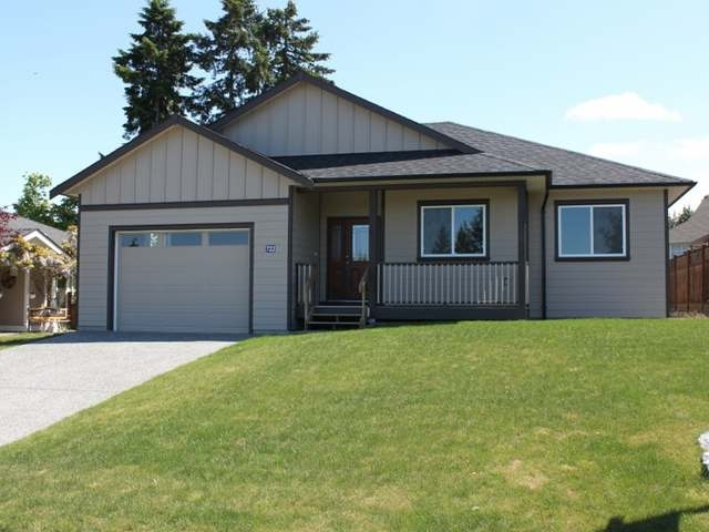 Main Photo: 722 DOEHLE Avenue in PARKSVILLE: House for sale : MLS® # 333220