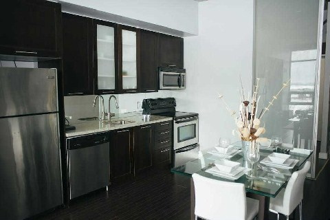 Photo 5: 33 Mill St Unit #521 in Toronto: Waterfront Communities C8 Condo for sale (Toronto C08)  : MLS(r) # C2826900