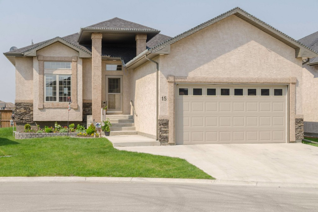 Main Photo: 15 Handlers Cove in Oakbank: Single Family Detached for sale : MLS® # 1615528