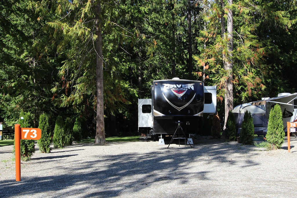 Main Photo: #73 6853 Squilax Anglemont Hwy: Magna Bay Recreational for sale (North Shuswap)  : MLS®# 10111374