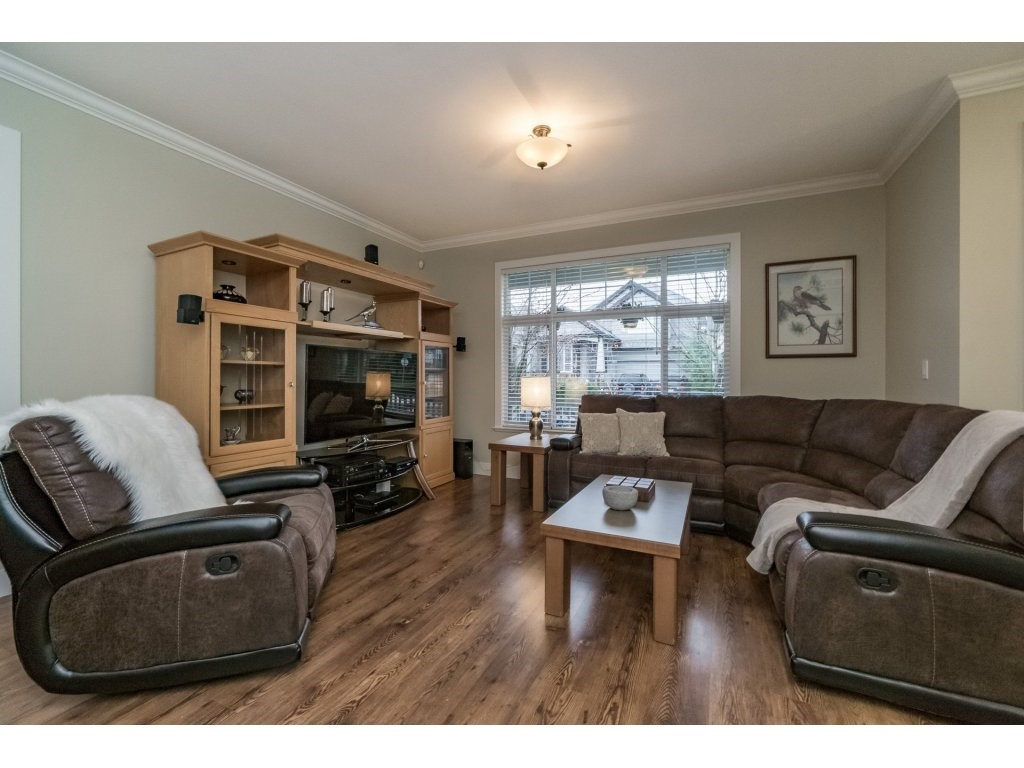 Photo 3: Photos: 19232 68A AVENUE in Surrey: Clayton House for sale (Cloverdale)  : MLS® # R2151170