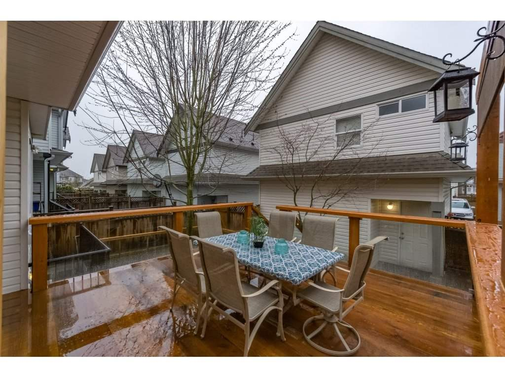 Photo 16: Photos: 19232 68A AVENUE in Surrey: Clayton House for sale (Cloverdale)  : MLS® # R2151170