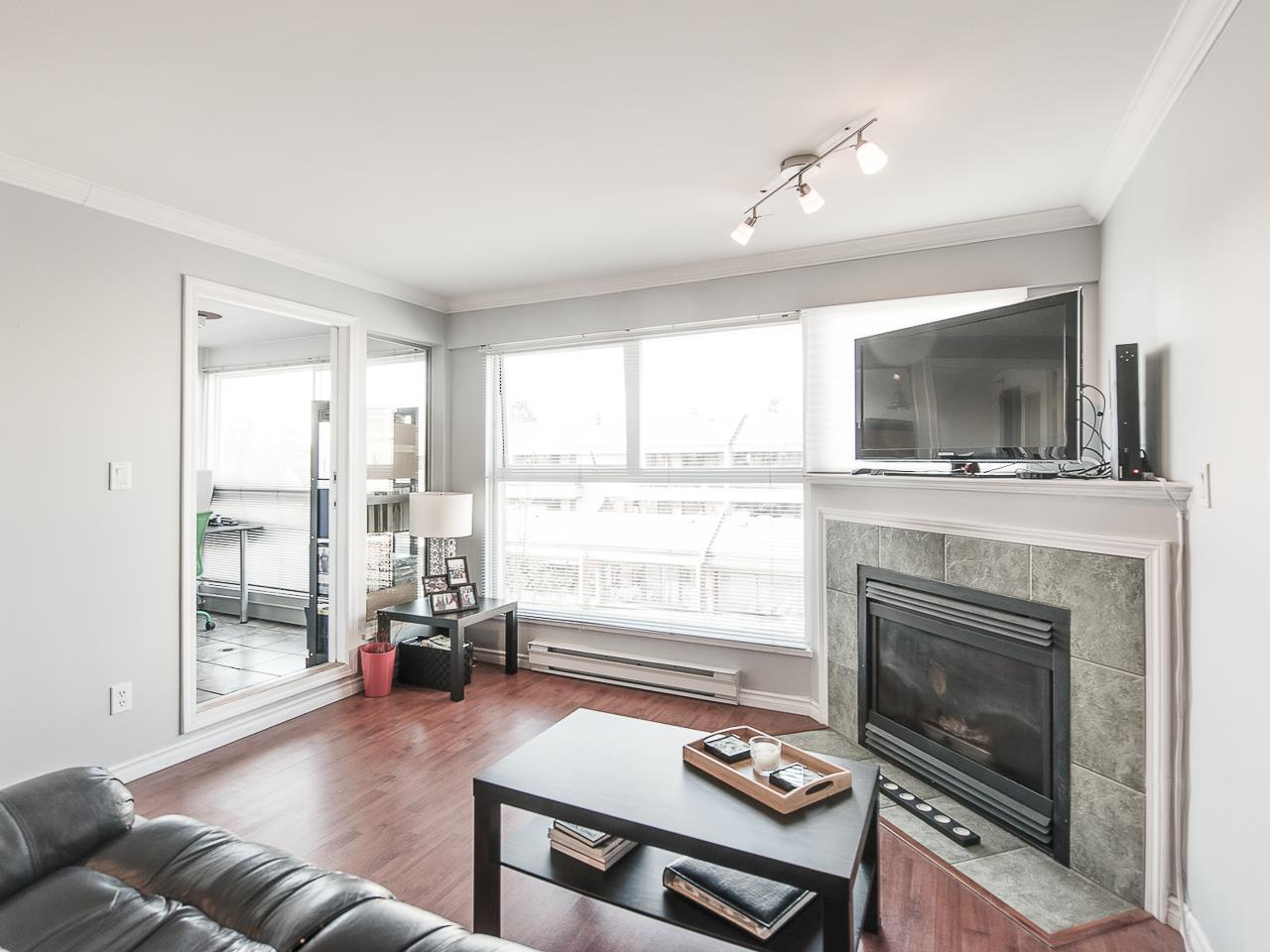 Photo 3: 304 2025 STEPHENS STREET in Vancouver: Kitsilano Condo for sale (Vancouver West)  : MLS® # R2158946