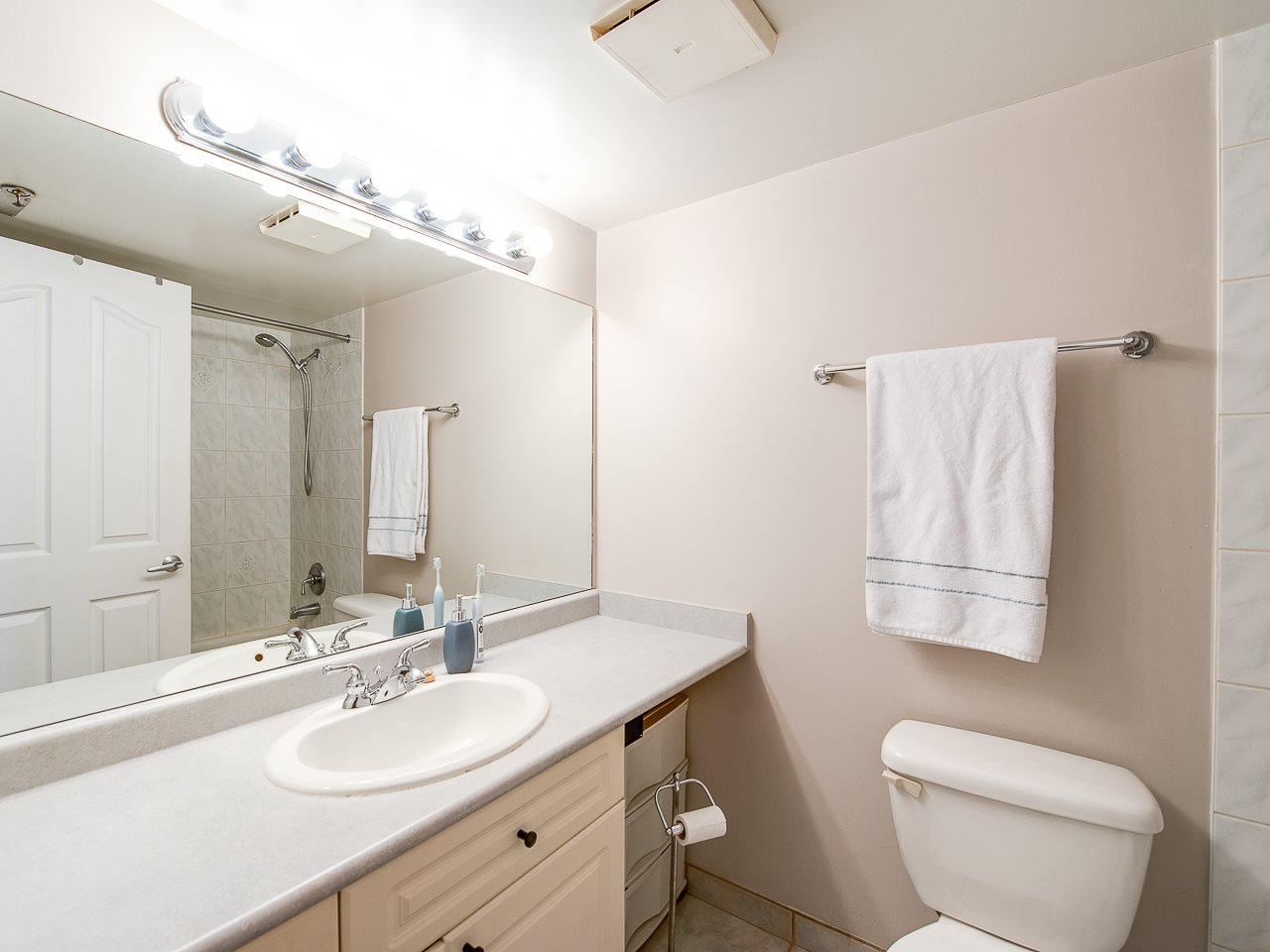 Photo 13: 304 2025 STEPHENS STREET in Vancouver: Kitsilano Condo for sale (Vancouver West)  : MLS® # R2158946
