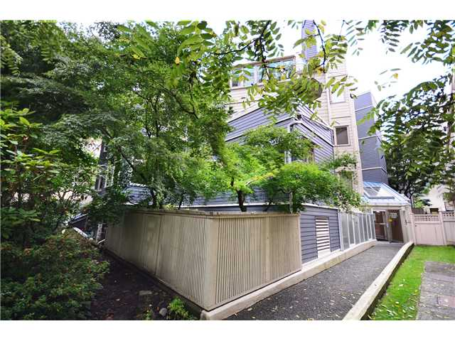 "Main Photo: 2 1238 CARDERO Street in Vancouver: West End VW Condo for sale in ""Cardero Court"" (Vancouver West)  : MLS® # V1027808"