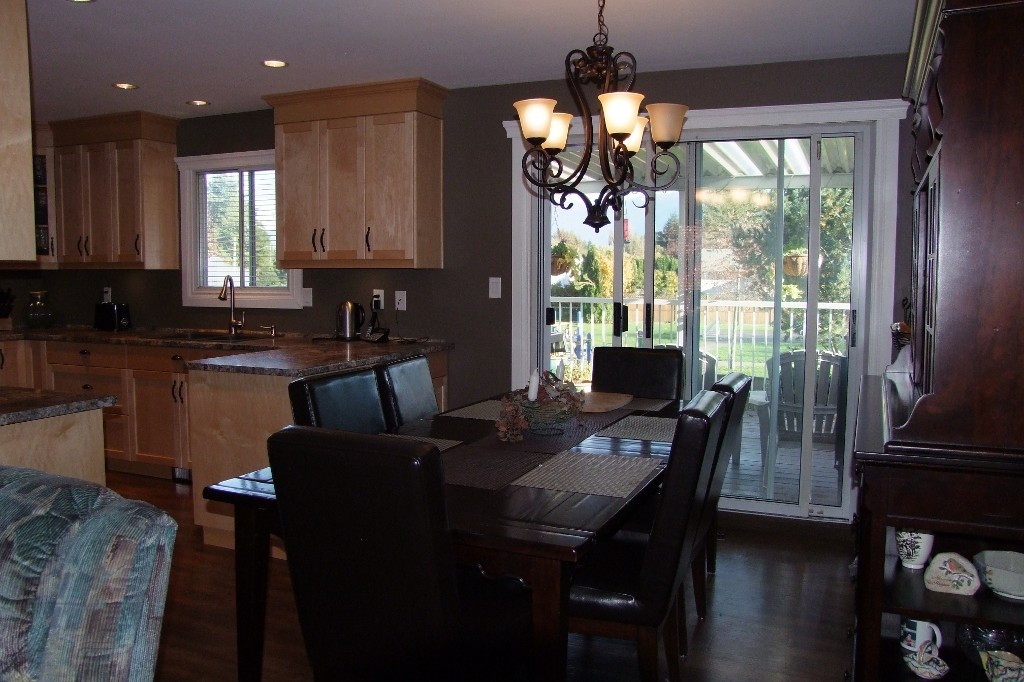 Photo 5: 8776 Ashwell Rd in Chilliwack: House for sale : MLS(r) # H1404428