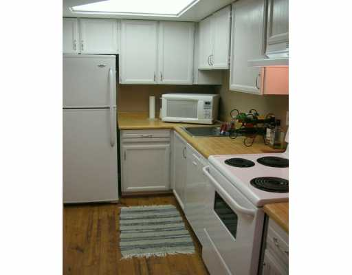 "Photo 5: 621 E 6TH Avenue in VANCOUVER: Mount Pleasant VE Condo for sale in ""FAIRMONT PLACE"" (Vancouver East)  : MLS(r) # V622041"