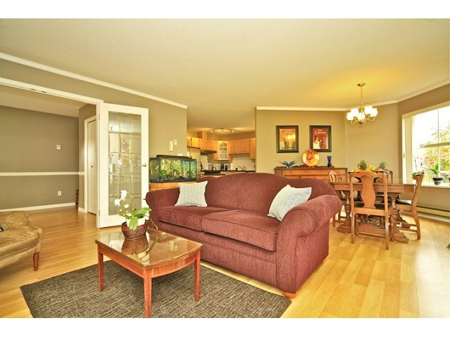 FEATURED LISTING: 108 - 5565 BARKER Avenue Burnaby