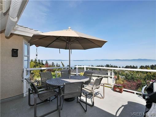 Photo 18: 858 Seamist Court in VICTORIA: SE Cordova Bay Single Family Detached for sale (Saanich East)  : MLS® # 322527