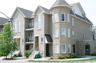 Main Photo: 301 12 Brian Peck Crest in Toronto: Leaside Condo for sale (Toronto C11)  : MLS(r) # C2643828